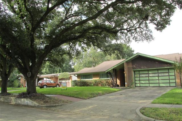 9210 Timberside Drive, Houston, TX 77025 (MLS #85773088) :: Fairwater Westmont Real Estate