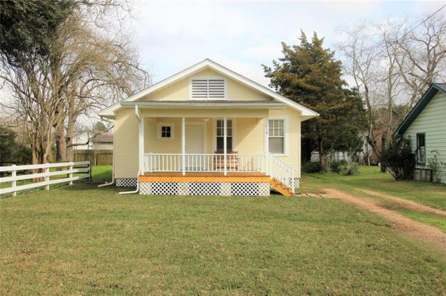 113 E Dahlgren Avenue, Wharton, TX 77488 (MLS #85901764) :: The Heyl Group at Keller Williams