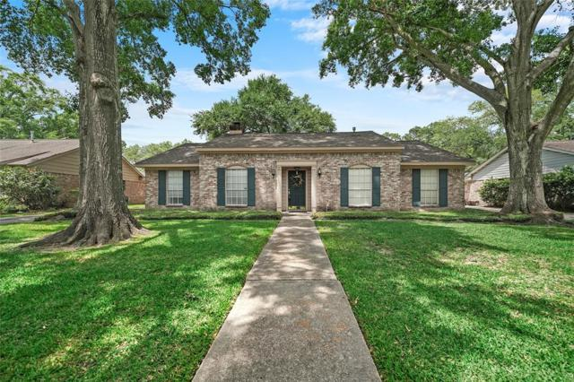 12510 Deep Spring Lane, Houston, TX 77077 (MLS #85989111) :: JL Realty Team at Coldwell Banker, United
