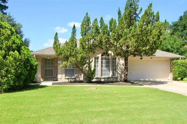 2206 Friarwood Trail, Houston, TX 77339 (MLS #86014505) :: Bray Real Estate Group