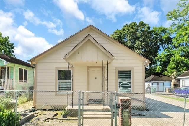822 Wilkes Street, Houston, TX 77009 (#86087543) :: ORO Realty