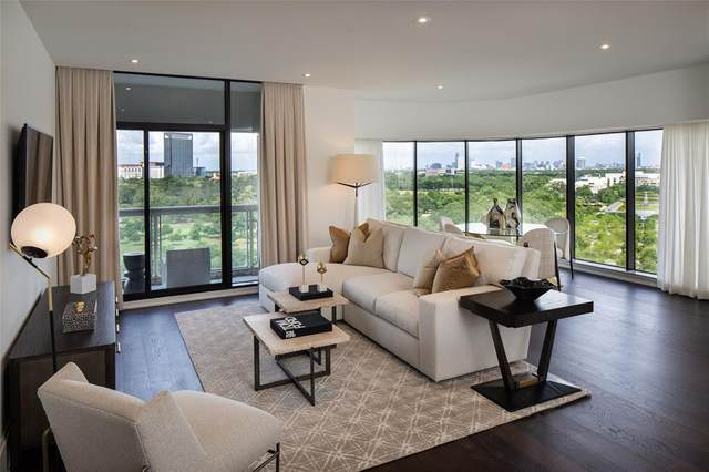 1701 Hermann Drive 25C, Houston, TX 77004 (MLS #8623628) :: My BCS Home Real Estate Group
