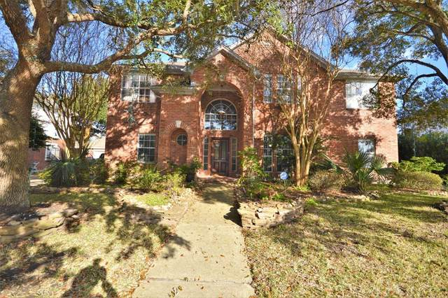527 Hedgecroft Drive, El Lago, TX 77586 (MLS #86272306) :: Rachel Lee Realtor