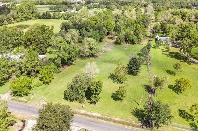 17614 Auction Barn Road, Alvin, TX 77511 (MLS #86288201) :: The Freund Group