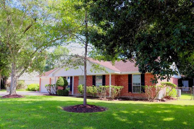 5018 Briarbrook Drive, Dickinson, TX 77539 (MLS #86310929) :: The SOLD by George Team