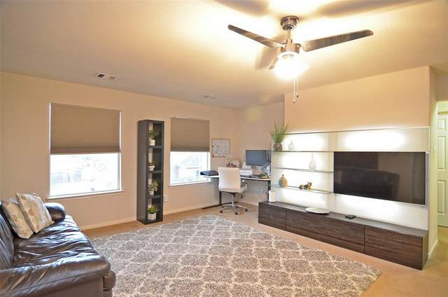 606 Rocky Hollow Lane, League City, TX 77573 (MLS #86312009) :: Ellison Real Estate Team