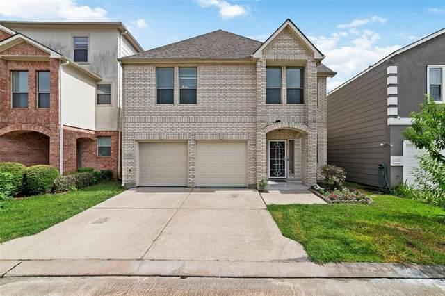 13167 N Bellaire Estates Drive, Houston, TX 77072 (#86315449) :: ORO Realty