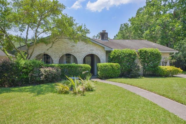 1902 Lake Hills Drive, Houston, TX 77339 (MLS #86319579) :: Giorgi Real Estate Group