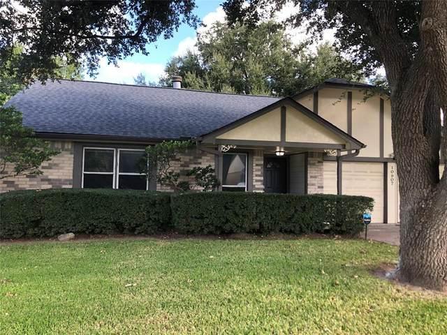 10907 Collingswood Drive, La Porte, TX 77571 (MLS #86325053) :: Michele Harmon Team
