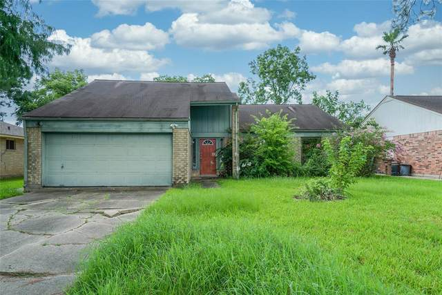3703 Misty Cove Court, Dickinson, TX 77539 (#86340002) :: ORO Realty