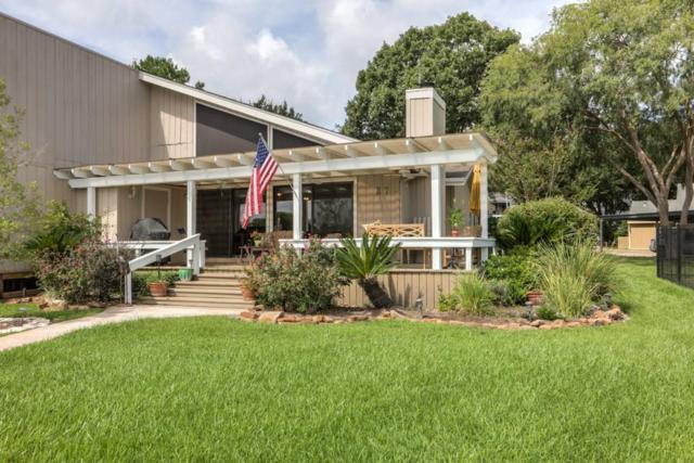 37 Lakeview Village, Montgomery, TX 77356 (MLS #86375159) :: The SOLD by George Team