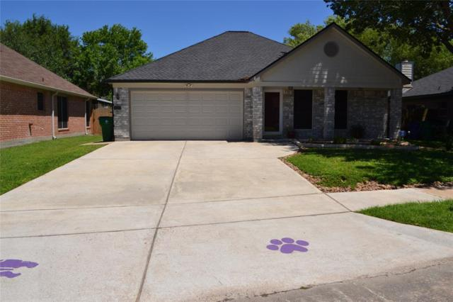 308 Lasso Street, Angleton, TX 77515 (MLS #86441882) :: The SOLD by George Team