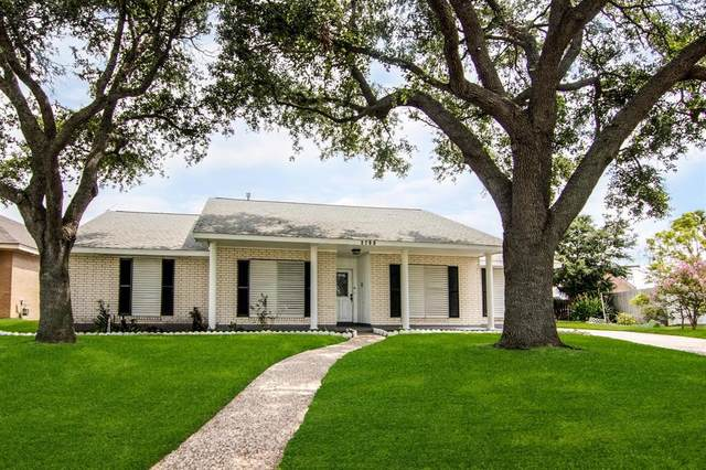 2700 E Palm Circle, Galveston, TX 77551 (#86519397) :: ORO Realty