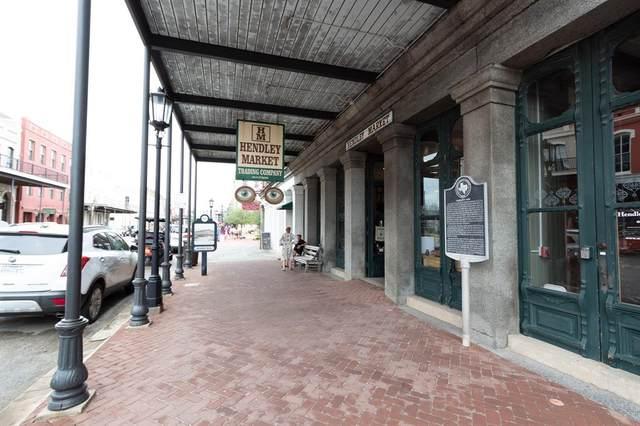 2016 Strand Street #303, Galveston, TX 77550 (MLS #86547248) :: Connect Realty