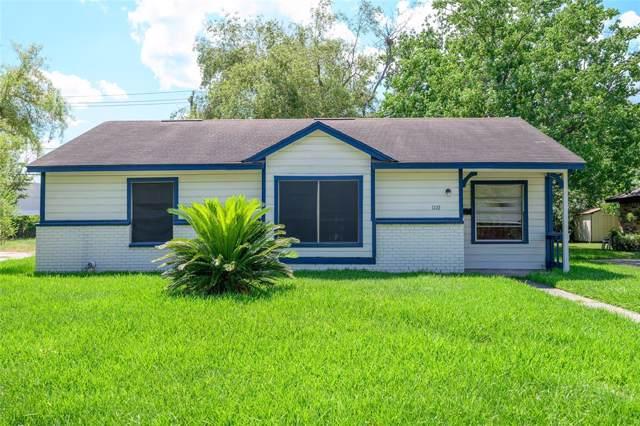 1110 Boston Street, Deer Park, TX 77536 (MLS #86586269) :: The Sold By Valdez Team