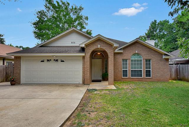 605 Forest Glenn Street, Conroe, TX 77316 (MLS #86594438) :: Christy Buck Team