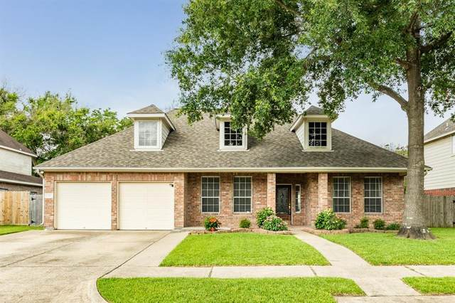 206 Crabapple Drive, Baytown, TX 77520 (MLS #86654031) :: Bray Real Estate Group