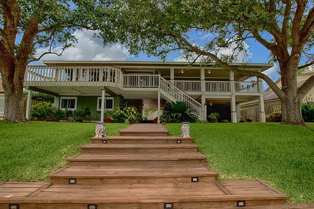 8 Harbor Lane, Kemah, TX 77565 (MLS #86747384) :: REMAX Space Center - The Bly Team