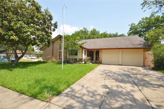 1222 W Flamingo Drive, Seabrook, TX 77586 (MLS #86785571) :: Texas Home Shop Realty