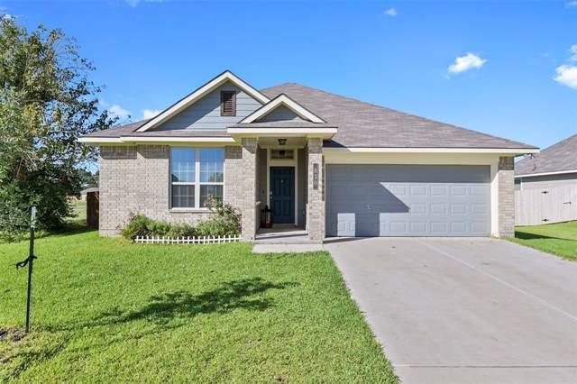 830 Mockingbird Street, Navasota, TX 77868 (MLS #86785912) :: The Heyl Group at Keller Williams