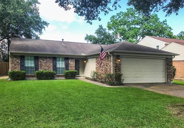 15707 Pipers View Drive, Houston, TX 77598 (MLS #86799665) :: The Property Guys