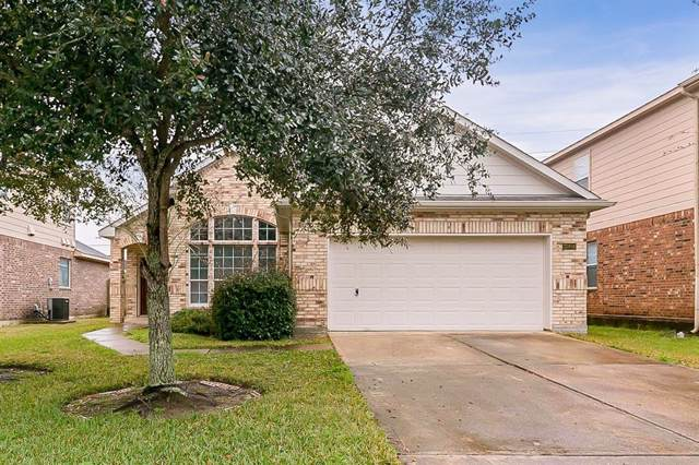 13404 Hickory Springs Lane, Pearland, TX 77584 (MLS #86801774) :: The SOLD by George Team