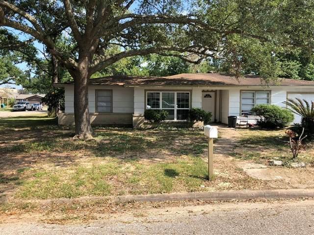 301 W Wilkins Street, League City, TX 77573 (MLS #86807232) :: Green Residential