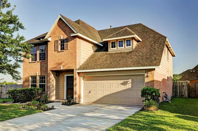 6402 Hillock Lane, Pearland, TX 77584 (MLS #86883085) :: Oscar Fine Properties