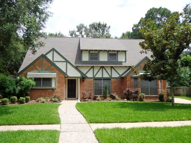 4122 Crownwood Drive, Seabrook, TX 77586 (MLS #86887331) :: The Freund Group