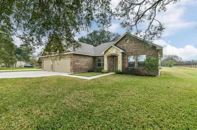 1156 Gifford Road, Angleton, TX 77515 (MLS #86904963) :: Texas Home Shop Realty