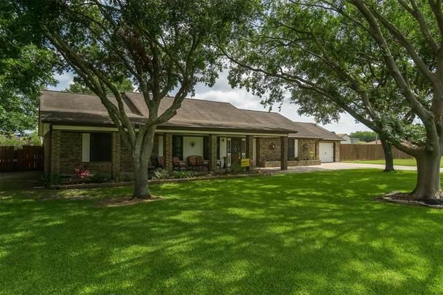 13220 Lynn Lane, Santa Fe, TX 77510 (MLS #86983096) :: The SOLD by George Team