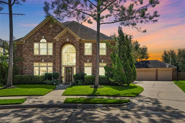 3031 Brooks Court, Pearland, TX 77584 (MLS #87027910) :: The Heyl Group at Keller Williams