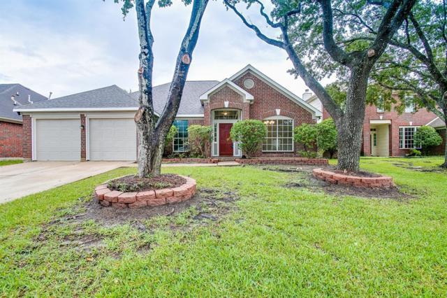 16015 Biscayne Shoals Drive, Friendswood, TX 77546 (MLS #87038180) :: Montgomery Property Group   Five Doors Real Estate