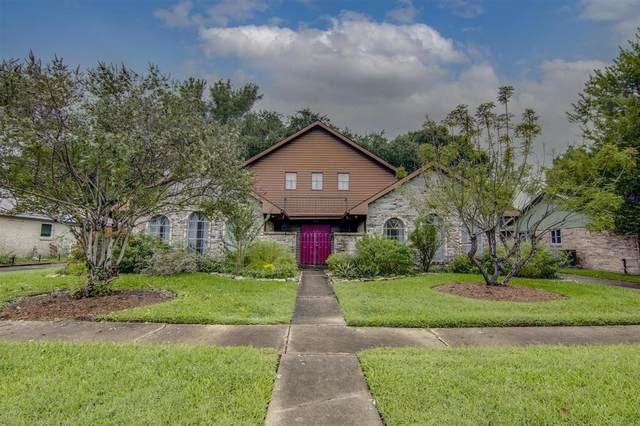 1023 Festival Drive, Houston, TX 77062 (MLS #87056725) :: Connell Team with Better Homes and Gardens, Gary Greene