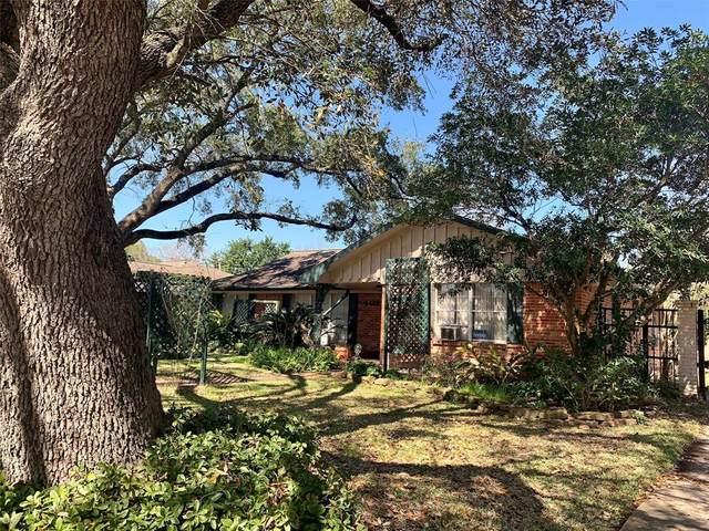 4422 Creekbend Drive, Houston, TX 77035 (MLS #87222620) :: Caskey Realty