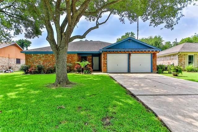 1221 N Heron Drive, Seabrook, TX 77586 (MLS #87258824) :: The Sold By Valdez Team