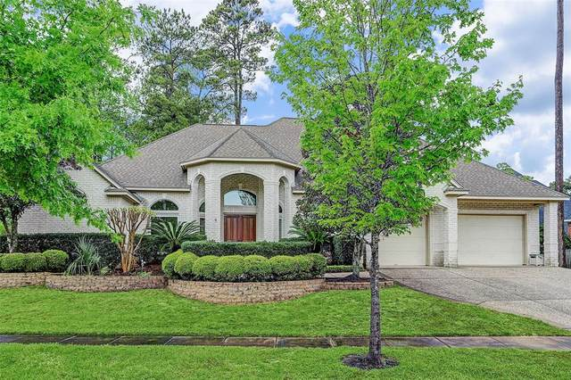 9 Forest Course Way, Kingwood, TX 77339 (MLS #87398757) :: The Parodi Team at Realty Associates