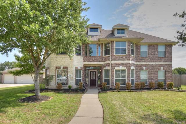 1700 Pampas Trail Drive, Friendswood, TX 77546 (MLS #87465186) :: The Freund Group