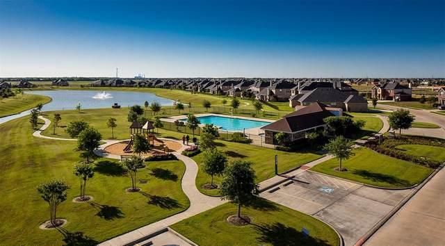 5827 Rivers Edge Way, Rosenberg, TX 77469 (MLS #8749904) :: Michele Harmon Team