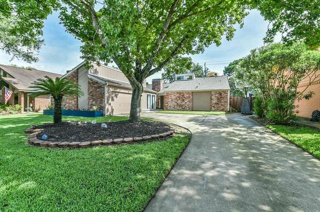 10343 Shell Rock Road, La Porte, TX 77571 (MLS #8751827) :: The Queen Team