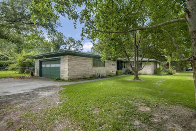 2221 Clark Drive, La Marque, TX 77568 (MLS #87621731) :: The SOLD by George Team