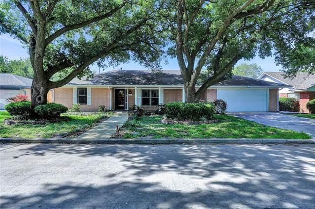 1001 Lindenwood Drive, Baytown, TX 77520 (MLS #87721866) :: The Home Branch