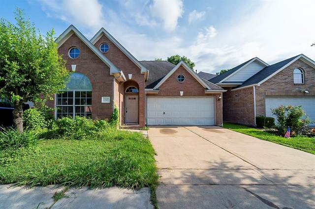 13327 Southpoint Lane, Houston, TX 77034 (MLS #87783433) :: The SOLD by George Team