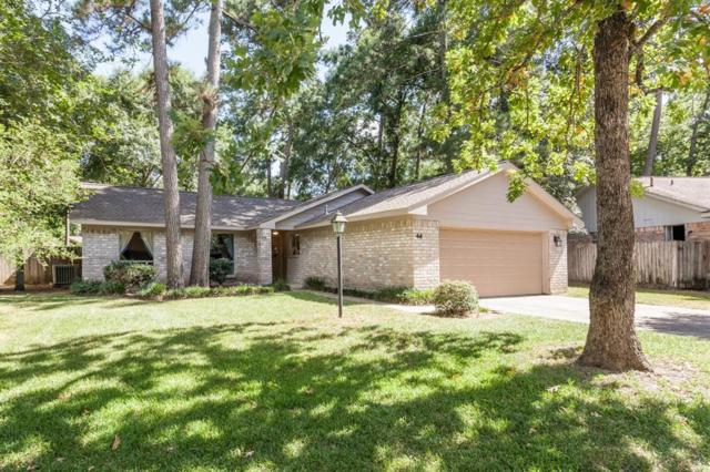 44 Coralberry Road, The Woodlands, TX 77381 (MLS #8779837) :: The Parodi Team at Realty Associates