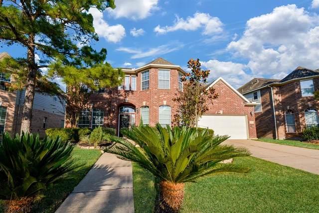 13211 Laguna Shores Drive, Pearland, TX 77584 (MLS #87847618) :: Homemax Properties