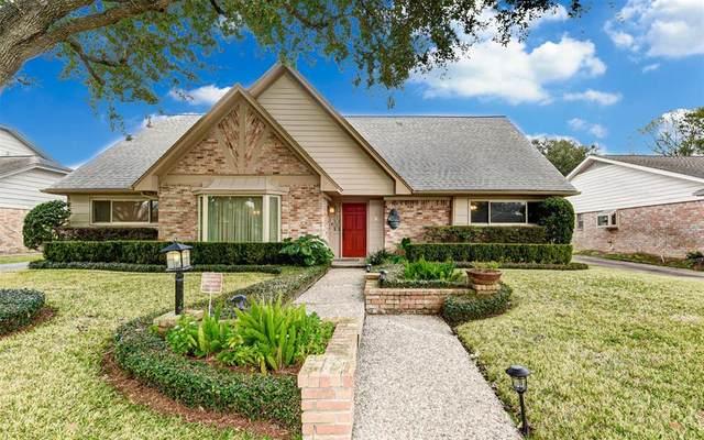 10818 Burgoyne Road, Houston, TX 77042 (MLS #88051020) :: The Bly Team