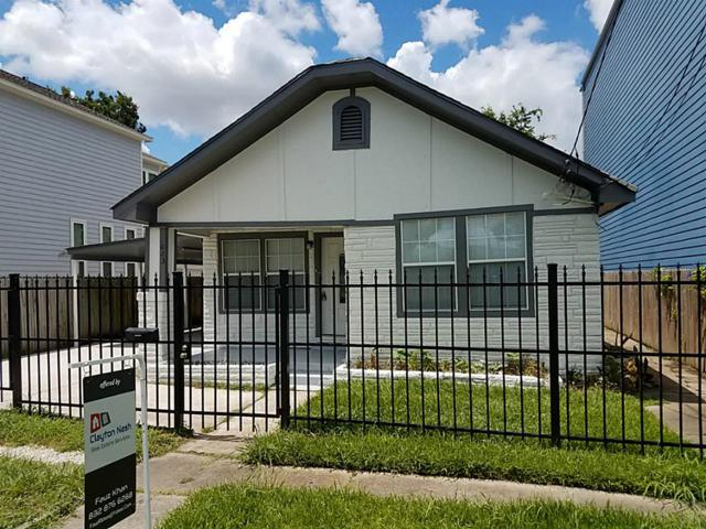 1023 W 7th 1/2 Street, Houston, TX 77007 (MLS #88087840) :: REMAX Space Center - The Bly Team