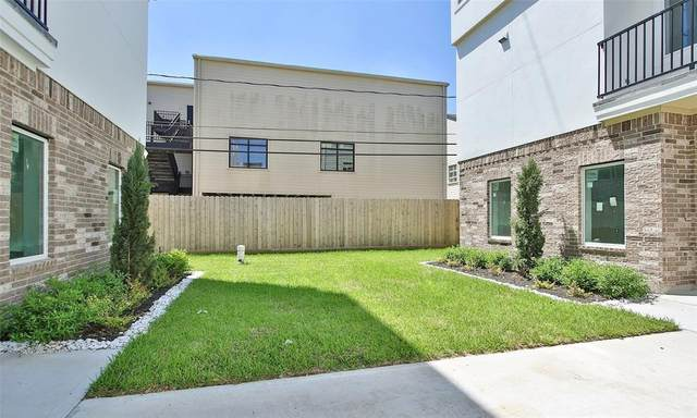 5903 Val Verde Street C, Houston, TX 77057 (MLS #88148967) :: The Freund Group