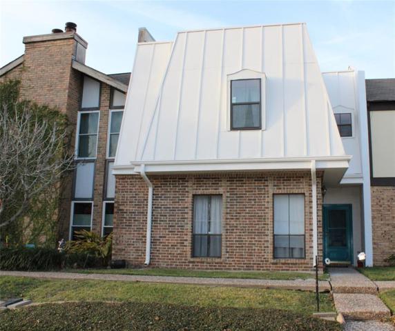 1611 Saxony Lane, Nassau Bay, TX 77058 (MLS #88154321) :: Texas Home Shop Realty