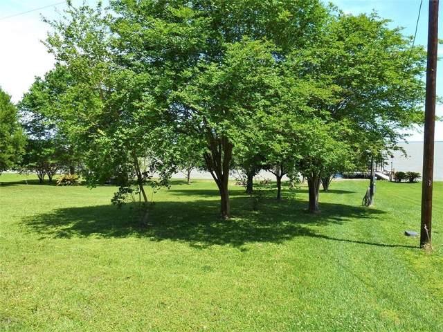 330 Lakeway Dr Drive, Coldspring, TX 77331 (MLS #88184000) :: Guevara Backman